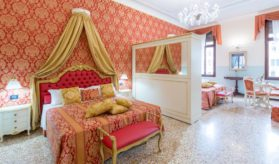 friendly-venice-suites
